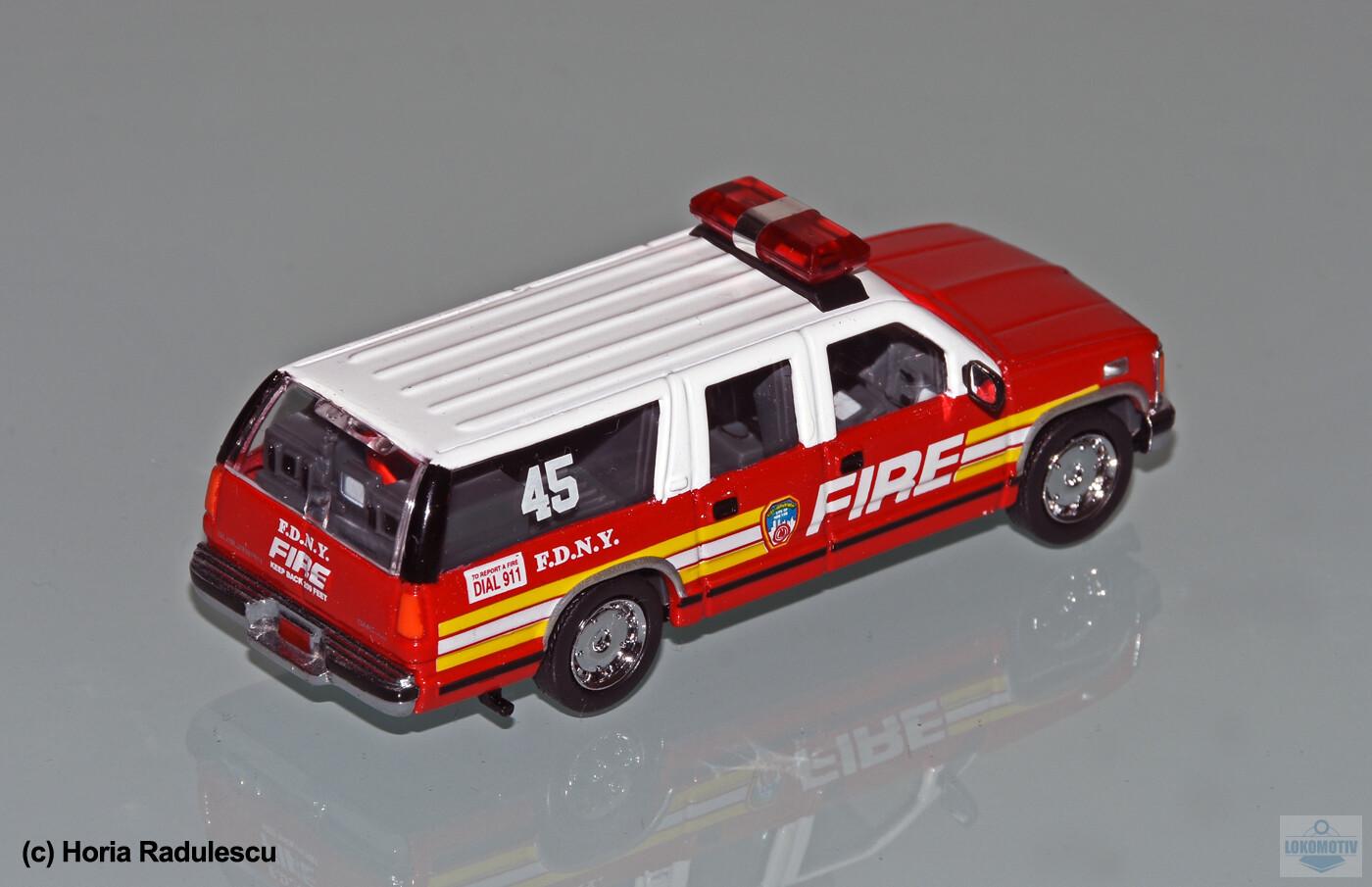 64-FDNY-GMC-Suburban-45-23421964d16ba8569.jpg