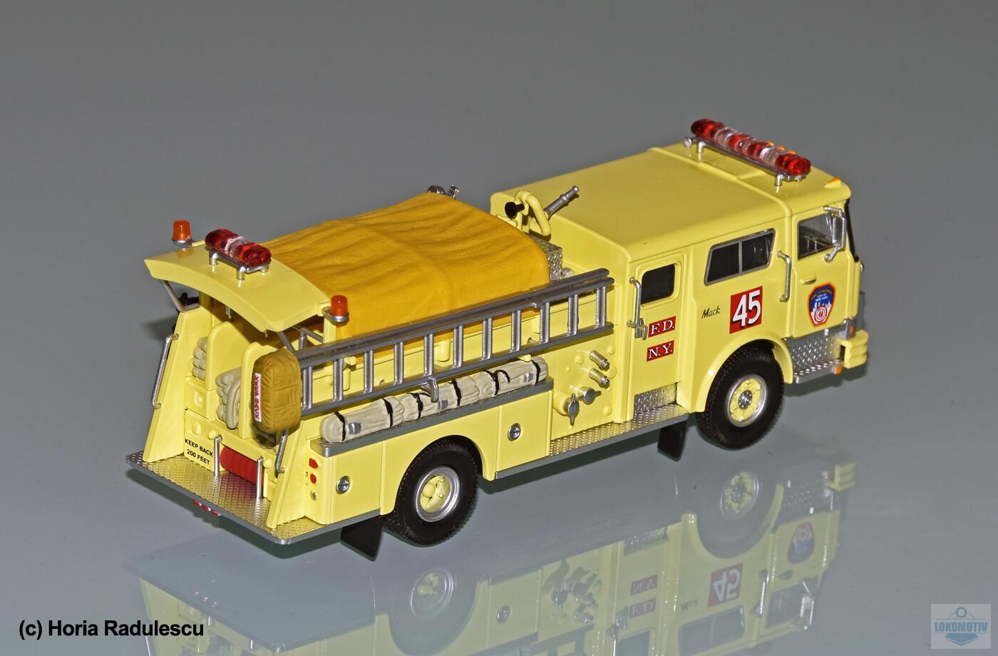 64-FDNY-Mack-CF-Kermit-45-2b55171a9878455ca.jpg