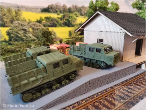 Tractoare-de-artilerie-AT-S-712-149f1f285b60d4fc2.jpg