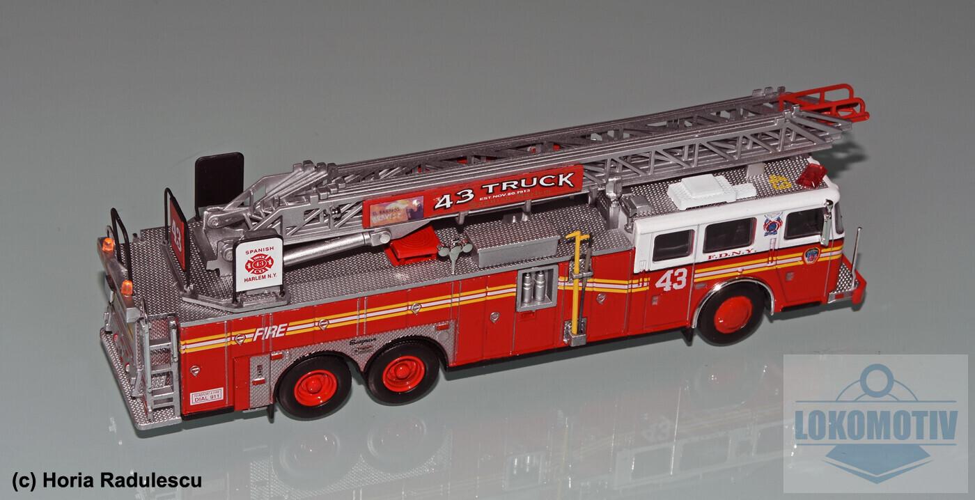 64-FDNY-Seagrave-Rear-Mount-Ladder-1999-2.jpg